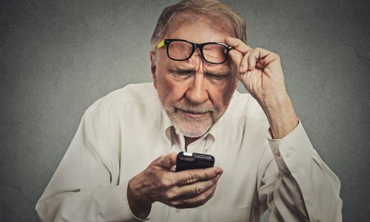 10 Alasan gadget bisa merusak mata kamu