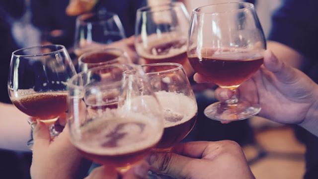 El consumo regular de cerveza corroe los órganos internos, advierten científicos
