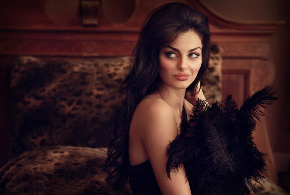 Beautiful Persian Women: Mahlagha Jaberi