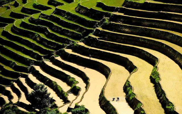 Ha Giang in the water fall season 1