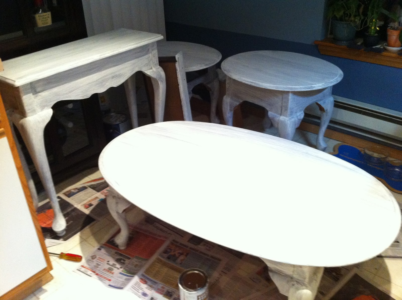 Painted Queen Anne Sofa Table What Can I Use To Clean My Cream Leather Sophisticated Junk Pile Living Room Set End
