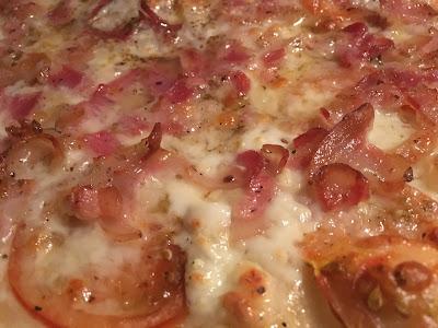Pizza de bacon casera - Pizza bacon - Receta para la pizza casera de bacon - el gastrónomo - ÁlvaroGP