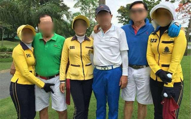 Parah! Foto Caddy Golf Pegang 'Anunya' Pemain, Ini Jadi Viral Karena Katanya Di Indonesia …