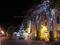 Božićne slike Bol otok Brač Online
