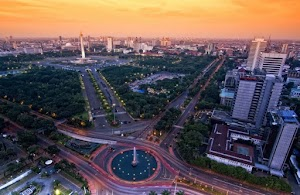 Indonesia Butuh Orang Gila