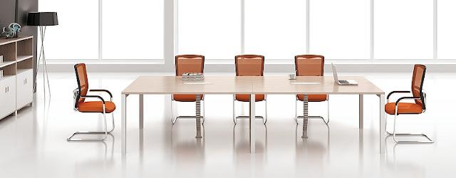 Với gam màu cam đầy năng động, hệ thống ghế phòng họp trong thiết kế này đã mang lại bầu không khí đầy trẻ trung, linh hoạt cho không gian phòng họp