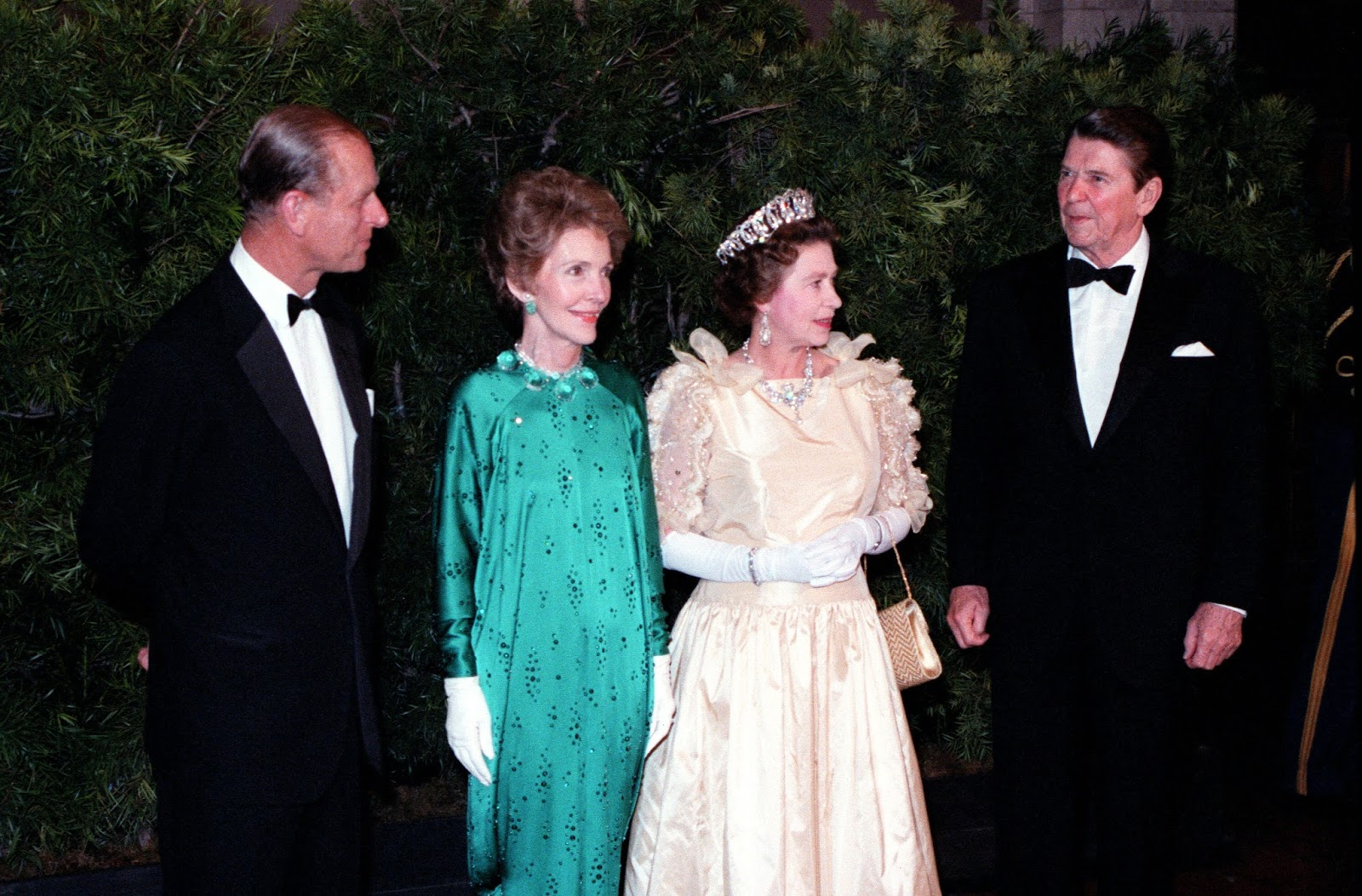 Queens of England: Nancy Reagan - the First Lady and Royalty