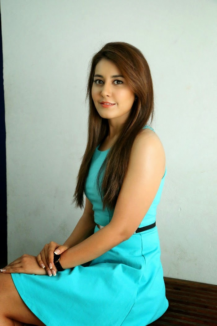 Kollywood Actess Rashi Khanna Latest Photoshoot In Sky Blue Dress