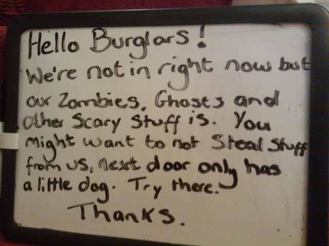 A Note to Burglars