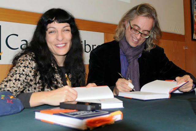 Fotos de la presentació de 333 VITAMINES a La casa del Llibre, 27-11-2012