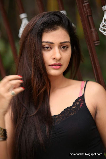 Actress Payal Rajput   ALIYA GHOSH PHOTO GALLERY   : IMAGES, GIF, ANIMATED GIF, WALLPAPER, STICKER FOR WHATSAPP & FACEBOOK #EDUCRATSWEB