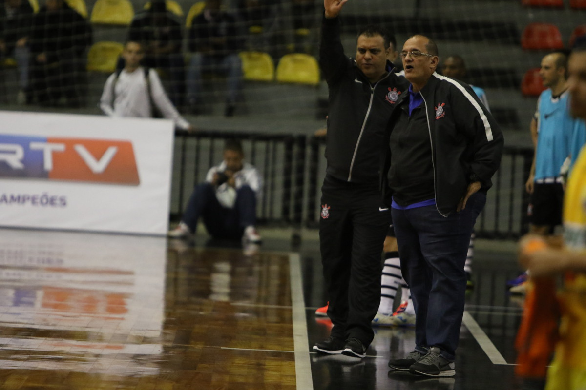 Futsal Alvinegro  Outubro 2015 2d8d3d1477c38