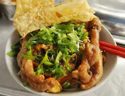 Mie Ayam Ceker Cak Yohanes Chandra