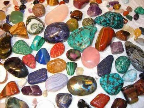 Betegségek gyógyítása kövekkel (A-Z-ig)