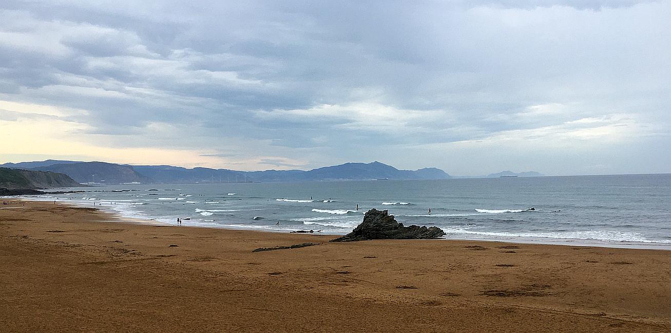 sopela olas pequenas