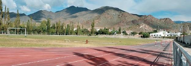 pista atletismo cachi