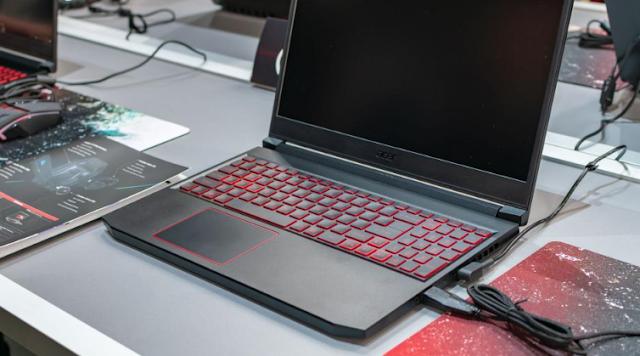 9 Kelebihan Acer Nitro 7 yang Harus Anda Ketahui