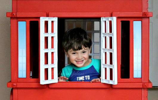 2015 Cape Cottage Playhouse Lighting #LittleTikes