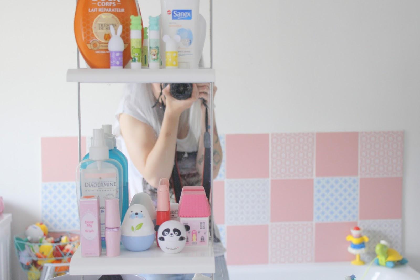Dans la salle de bain for Odeur dans la salle de bain
