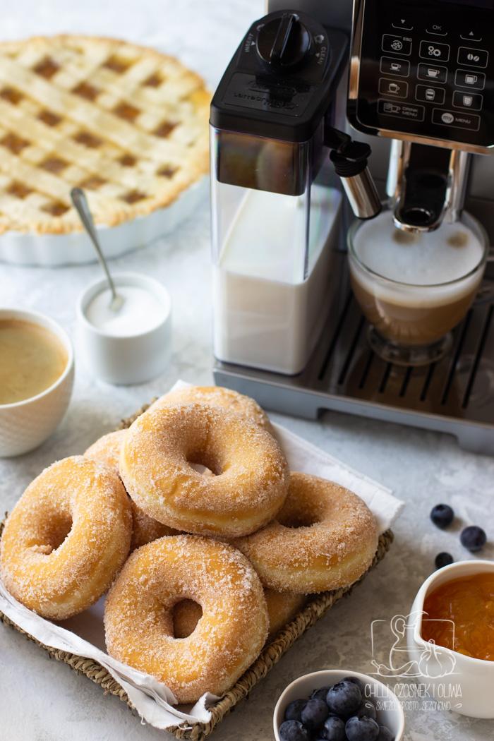 """Pyszne jedzenie, doskonała kawa i celebracja chwili. Śniadanie w stylu """"La Dolce Vita"""" i KONKURS z De'Longhi"""