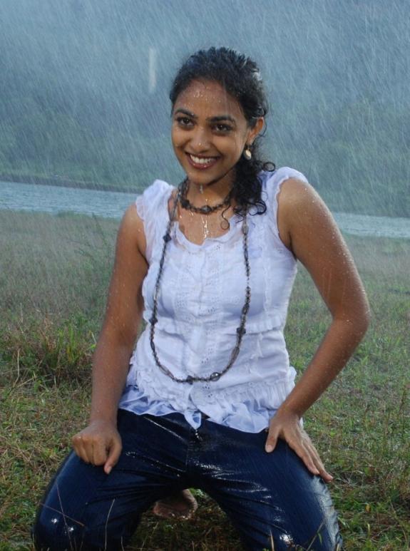 tamil actress rain hot photos