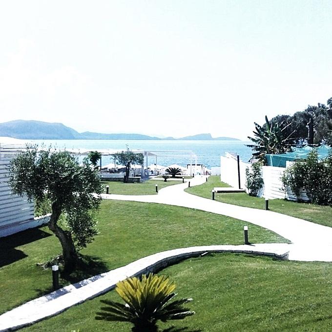 Jelena Zivanovic Instagram.Lichnos beach hotel & suites Parga.