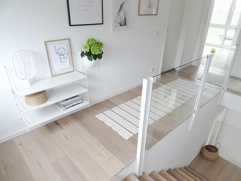 Deko- und Gestaltungsideen im Flur - Deko-Ideen mit Hortensien/ Pflanzen an der Wand | Fotoaktion #12von12 - 1 Tag in 12 Bildern | https://mammilade.blogspot.de