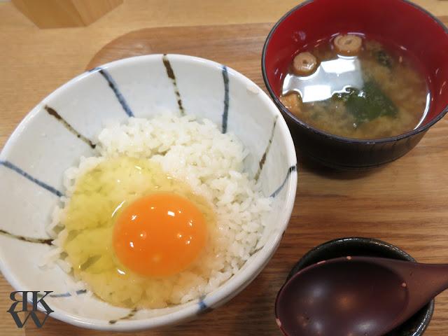 文京区本郷、東大赤門前にある海鮮丼のお店、銀はちの卵かけご飯