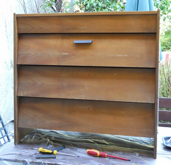 A drawer set before the makeover