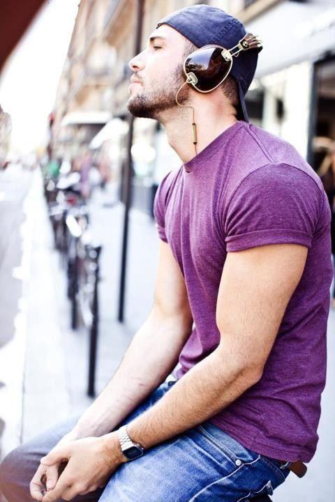 O Roxo é uma das Tendências de Cores para o Verão 2018 na Moda Masculina.