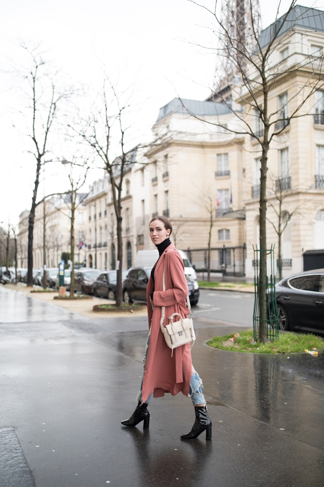 kristjaana mere long duster coat paris street style