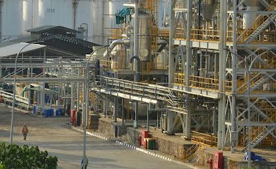 Lowongan Kerja Jobs : OPERATOR BOILER, OPERATOR VACUUM DISTILLATION, OPERATOR PRODUKSI DECOLORIZATION Min SMA SMK STM D3 S1 PT Dover Chemical