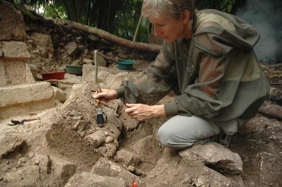 Une chronologie affinée apporte des précisions sur l'effondrement Maya