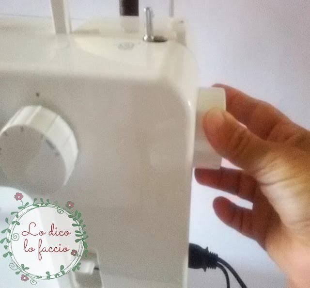volantino della macchina da cucire