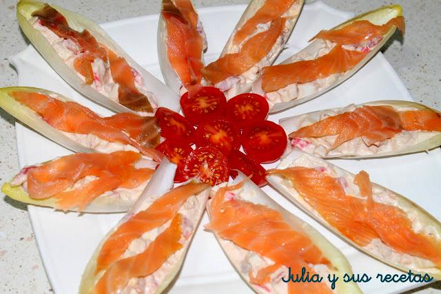 Endivias rellenas de salmón. Julia y sus recetas