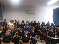 Delegada titular da Delegacia de Polícia de Defesa da Mulher de Diadema ministra palestra para as Guardas Civis femininas de São Bernardo do Campo