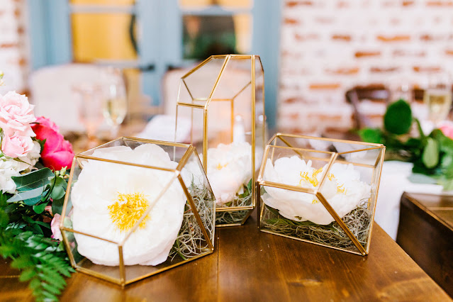 elegant and charming wedding decor and props