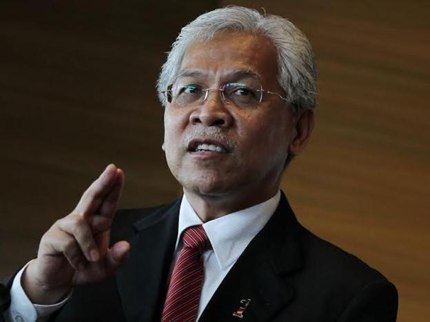 Jangan Aniaya Peminjam PTPTN – Idris Jusoh