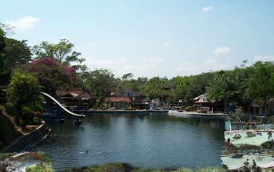 Pemandian Alam Selokambang