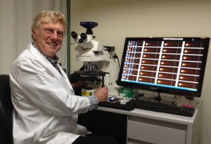 Image: Berkeley Lab's Andy Wyrobek led a research team that linked nutrition to improved sperm DNA quality in older men. The computer monitor displays the results of a lab analysis used to assess sperm DNA damage.