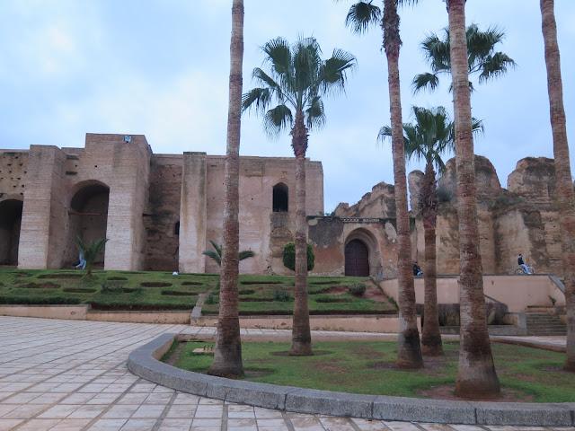 Ruinas de los Estables, Cuarteles y Graneros