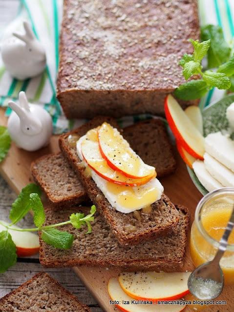 chleb na zakwasie , chleb żytni miodowy , miód , z miodem , mąka żytnia , moje wypieki , domowe wypieki , bochenek , piekarnia , najlepsze przepisy , chlebuś , chleb domowy , pieczywo żytnie na zakwasie