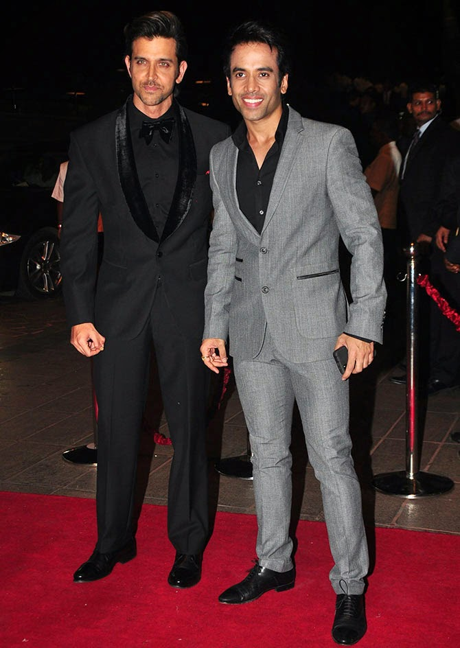 Hrithik Roshan and Tusshar Kapoor, Pics from Arpita-Ayush's Wedding reception