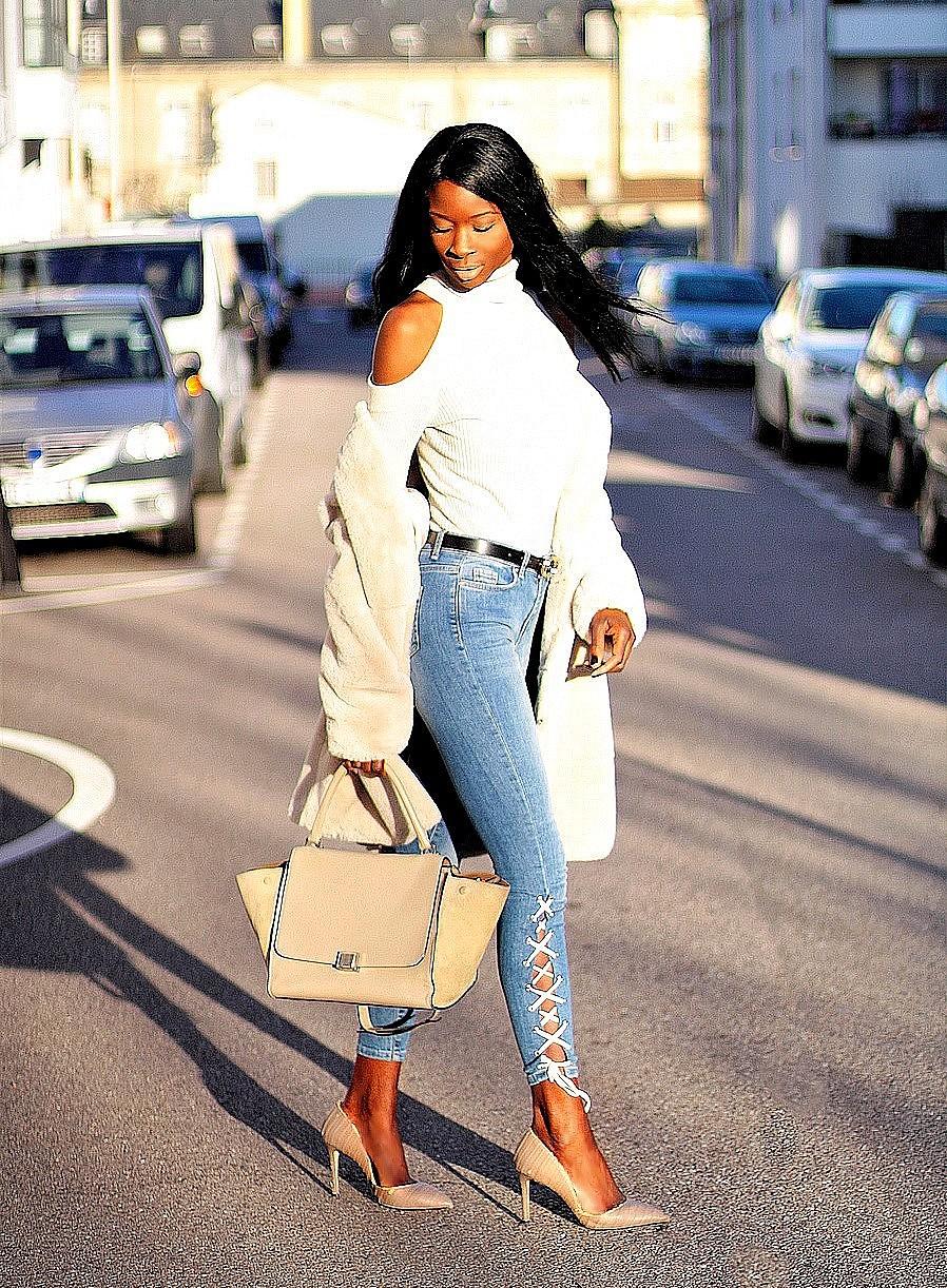 inspiration-look-chic-hiver-manteau-fourrure-jeans-lacage-sac-celine-trapeze