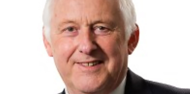 NHS chief  Sir Leonard Fenwick pushed out' after exposing sex ring involving consultants, staff say