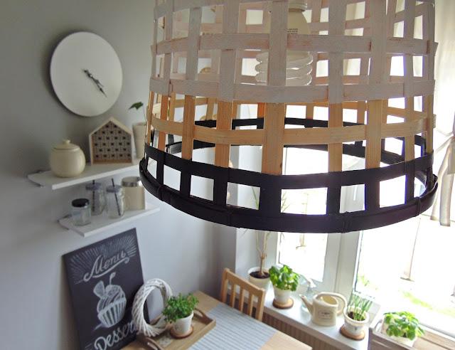 lampa z kosza bambusowego