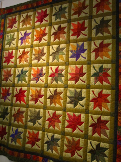 Maple Leaf Quilt Block - Free Pattern