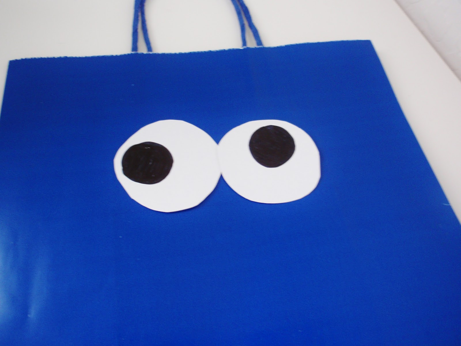 A Creative Cookie: Cookie Monster Valentine Treat Bag