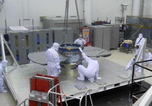 Tu.LaporanPenelitian.com NASA InSight Bersiap Selidiki Interior Mars