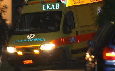 Τροχαίο ατύχημα τα ξημερώματα στην Ηγουμενίτσα με τραυματισμό δύο νέων με μηχανή